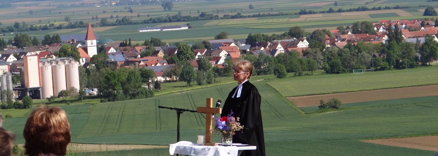 Pfarrerin Burger auf dem Himmelreich bei Holheim